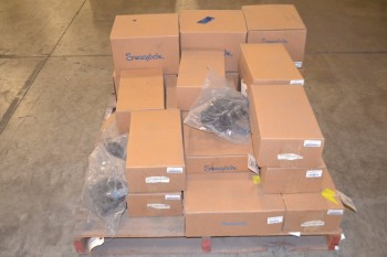 1 PALLET OF SWAGELOK M-8BG-V19-5C BELLOWS VALVE PNEUMATIC ACTUATORS