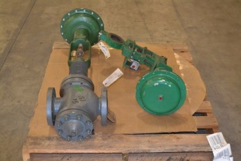 LOT OF 2 ASSORTED FISHER CONTROL VALVES