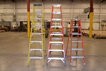 LOT OF 3 ASSORTED LADDERS