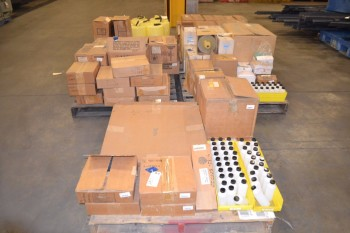 5 PALLETS OF ASSORTED LAB EQUIPMENT