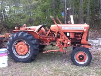 ALLIS-CHALMERS TRACTOR D10