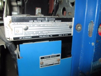 General Electric Type AKD-5 Switch Gear 480 Volt 3Ph 4 800 Amp Switches