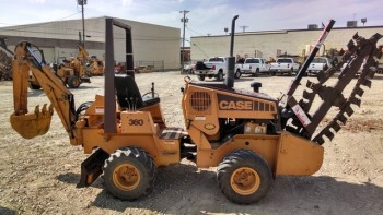 2012 CASE 360 TRENCHER