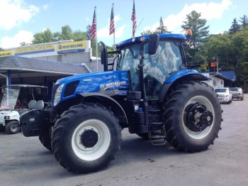 NEW HOLLAND 2013 TRACTOR T7.250