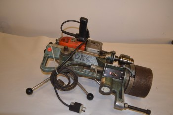 FINOMAG VARIABLE SPEED REVERSIBLE ROTARY HAND DRILL