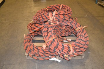 1 PALLET OF GOODALL N1270 1/2 IN HYDRAULIC HOSES