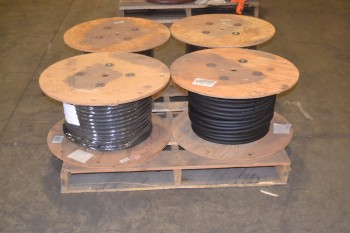 LOT OF 4 ROLLS OF CCI ROYAL WELDING CABLE 600V