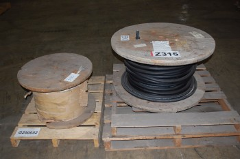 LOT OF 2 ASSORTED INSULATED ELECTRICAL WIRE