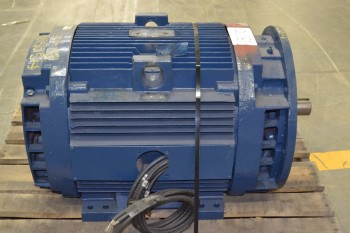 GENERAL ELECTRIC GE 200HP 575V-AC 445TSD AC ELECTRIC MOTOR