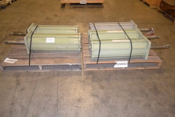 2 PALLETS OF ASSORTED UNITED CONVEYOR PNEUMATIC CYLINDERS