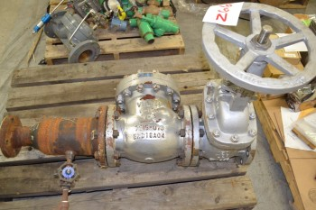 LOT OF 2 VALVES, VELAN 6IN CHECK VALVE, NEWCO 6IN 150 GATE VALVE