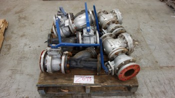 1 PALLET OF ASSORTED 4IN VELAN CHECK VALVES, 4IN NEWCO GATE VALVES