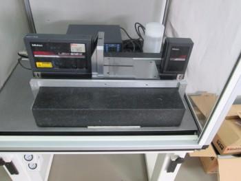 Mitutoyo LSM-512S Laser Scan Micrometer