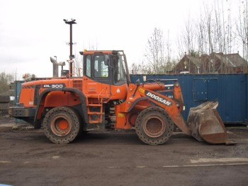 Doosan DL300 Loading Shovel