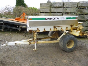 DAKOTA 410 TOP DRESSER