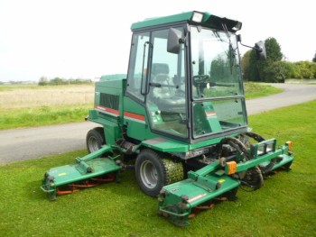 RANSOMES COMMANDER 3520 5 GANG MOWER