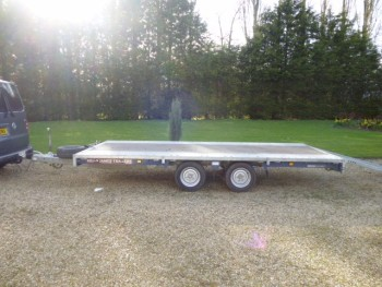 BRAIN JAMES FLAT BED TRAILER TWIN