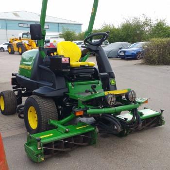 John Deere 8400 mower