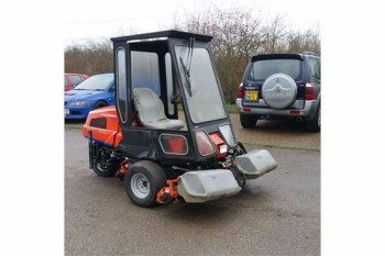 Jacobsen Green King triple mower