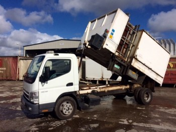 2009 Mitsubishi Canter 7C15 recycling Truck