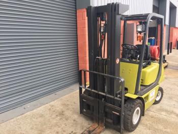 Clark CMP18L, Gas fork lift truck