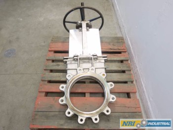 FCC 14 IN STAINLESS FLANGED KNIFE GATE VALVE