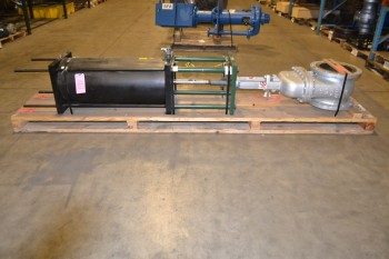 CRANE 12 IN, 285 PSI, FLANGED WEDGE GATE VALVE