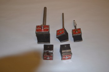 LOT OF 5 STARRETT MAGNETIC BASES, NO. 658, NO. 657