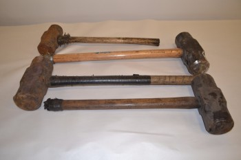 LOT OF 4 ASSORTED SLEDGEHAMMERS