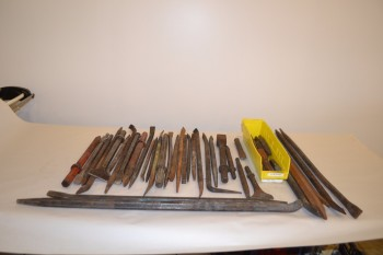LOT OF ASSORTED TOOLS