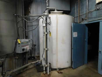 Water tank Approx 10,000 Gal Curenty Used with Direct Flow Tank