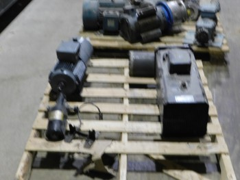 Pallet of 4 Electric Motors