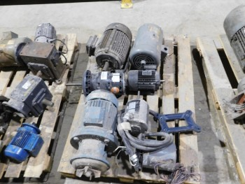 Pallet of 7 Electric Motors