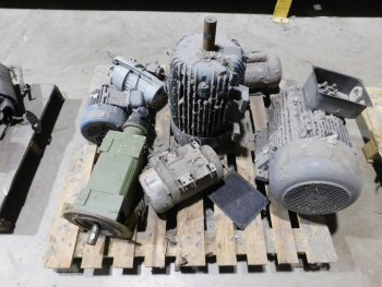 Pallet of 6 Electric Motors and gear head