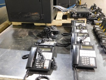 Samsung OfficeServ 7100 Telephone System with approx 27 phones