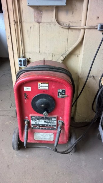 electric arc welder
