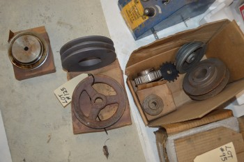 Lot Pulley wheels