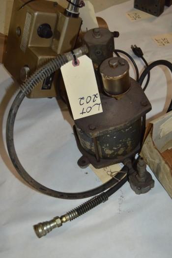 Cylinder for pneumatic Vise