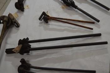 Pipe benders