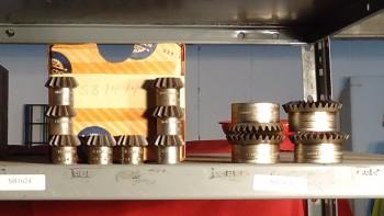 LOT OF 14 Pitch Bevel Gears, Union Gear