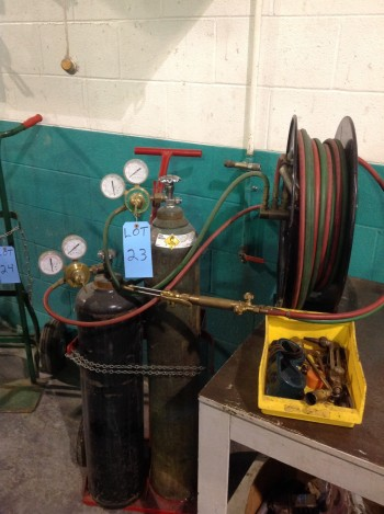 Acetylene Torch w/ Cart and hose reel