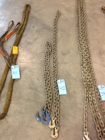 Lot of (2) Single leg Chains w/ hooks