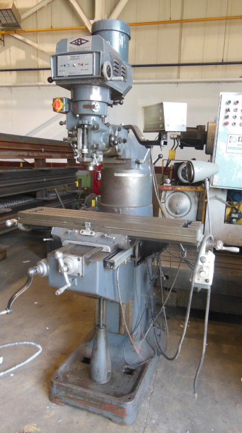 KBC vertical Mill,model TUM-TVS, s/n327034, (1992) , 9\