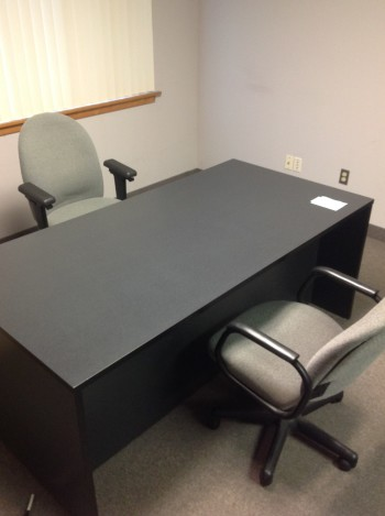 Formica Desk w/ (2) desk Chairs