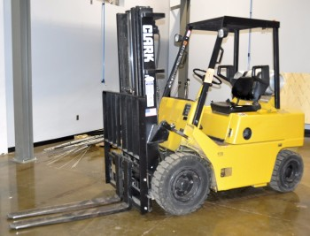 CLARK LP Gas Fork Lift