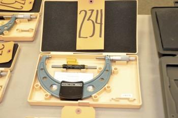 MITUTOYO 125 - 150mm Micrometer