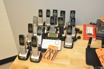 Lot-AT&T and V-TECH Phones