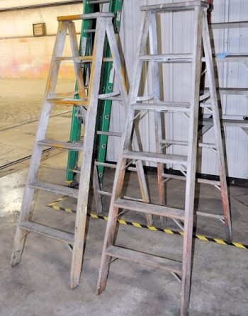 Lot-(2) 6\' Wooden Step Ladders