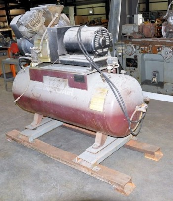 1985 ATLAS COPCO MODEL LT 11, 15-HP Horizontal Tank Mounted Air Compressor