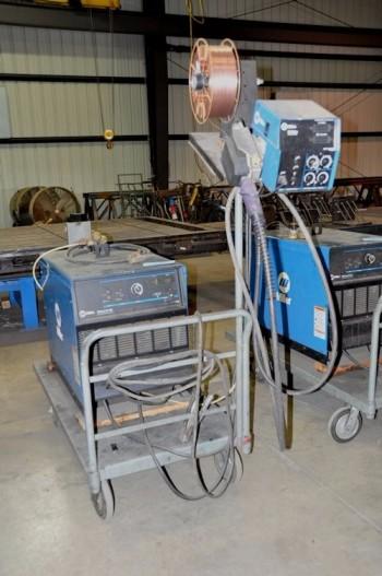 MILLER MODEL DELTA WELD 452, 450-Amp Capacity CV-DC Wire Feed Mig Welder